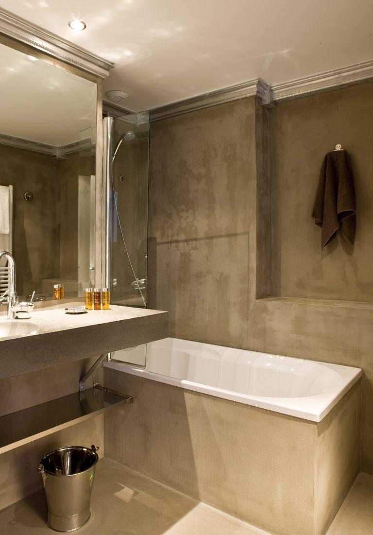 Hotel Ormelune Val d'Isère - Chambre Medium - Salle de Bain